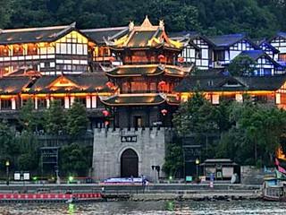 月亮私家烘焙师的承德北京古镇~一个圆了我梦想的小镇