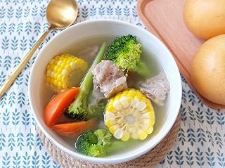 🍂玉米胡萝卜排骨汤|满满的营养,带来秋日的鲜甜滋补