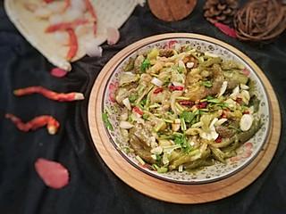 昕宝厨房的餐桌上的魅力小咸菜——蒜茄子【附小贴士】