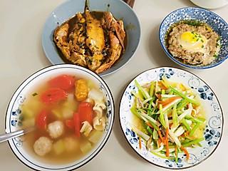 张燕ozdi的三菜一汤
