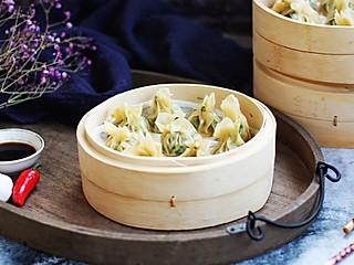 胸有成竹1966的荠菜与肉馅混合后做蒸饺吃起来更加柔嫩滑口,回味无穷