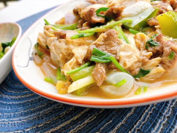🌟脑洞减脂菜~加料洋葱牛肉+蒜蓉油麦菜图2