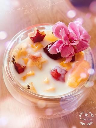 Juarez的缤纷水果酸奶😝😜😍
