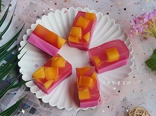 天热了,最爱吃这个小点心了,芒果粉红布丁🍮