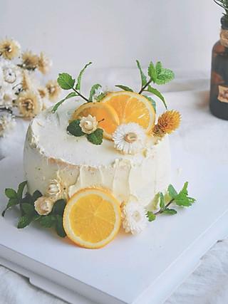 小新家的🌿一个朴素凌乱的森系小蛋糕,祝自己生日快乐🎂
