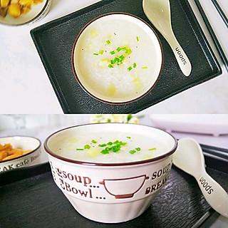 晶晶 i 小乔的青瓜虾米粥,香滑美味好吸收,宝宝吃了偷长个。