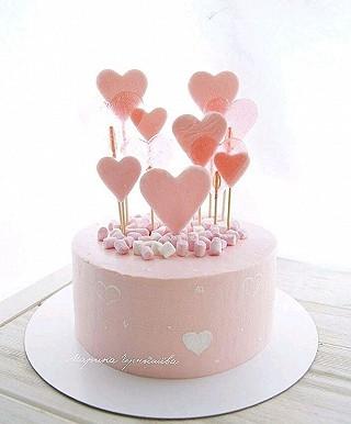 奎叔手作的比💕说爱你-充满爱心的蛋糕哟