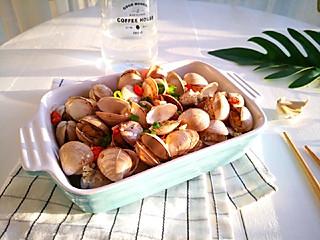 草莓奶昔冰的蛤蜊的朴素吃法—葱蒜烤蚬子