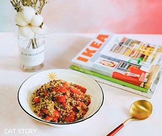 猫_CAT的🍳 风靡减脂界的主食——三色藜麦炒彩椒