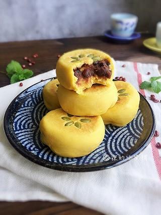 霖的吃货铺的奶香南瓜蜜红豆馅发面饼