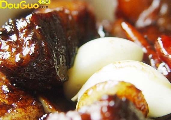 红皮大蒜烧肉的做法