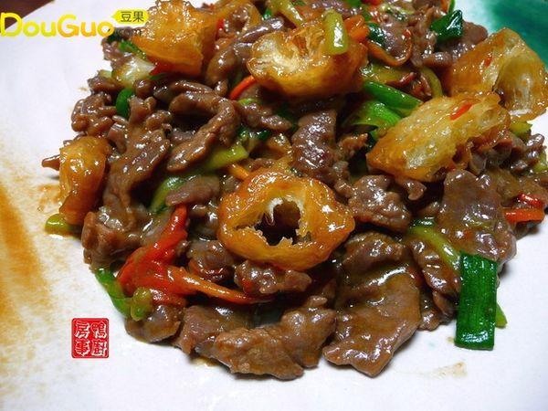 超级简单又好吃的油条牛肉的做法