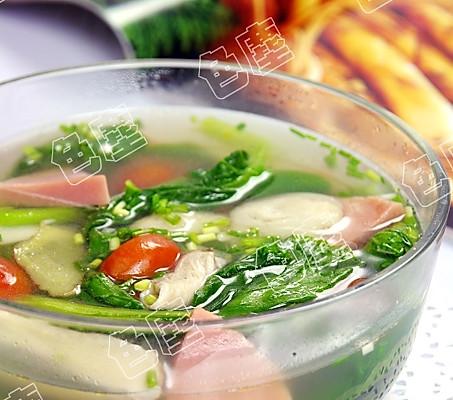 菜心鸡腿菇汤的做法