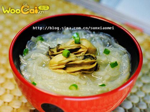 秋季润肤汤——牡蛎萝卜粉丝汤的做法