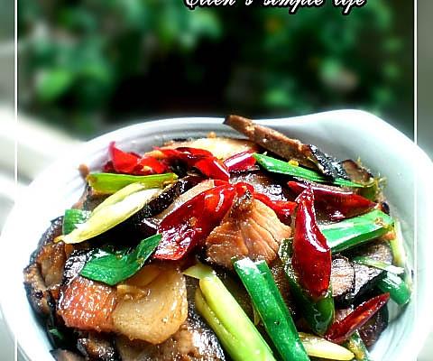 美丽厨娘- 湘土菜腊肉炒猪血丸子的做法
