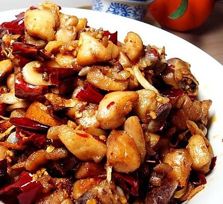 一道盐帮名菜的家常诠释——陈皮鸡丁的做法