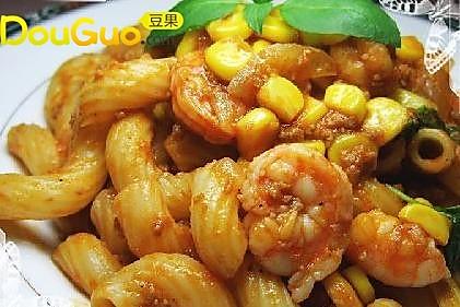 黑椒虾仁炒通粉的做法