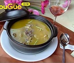薏米当归鸡腿汤的做法