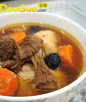 姬松茸炖鸡汤的做法