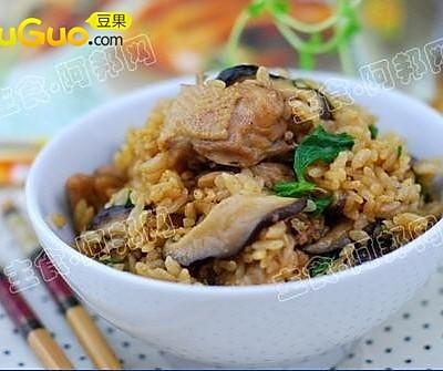 香菇鸡肉饭