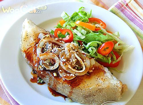 减肥保健食品 浇汁香鳕鱼的做法