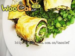 香椿鸡蛋卷-美丽厨娘的做法