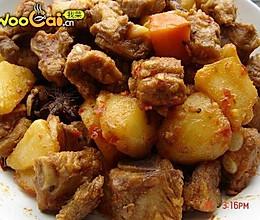 川香土豆排骨烧的做法