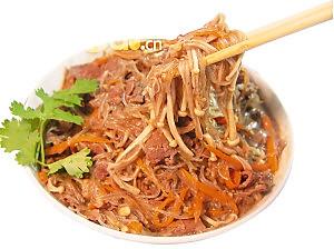 沙茶金菇牛肉粉的做法
