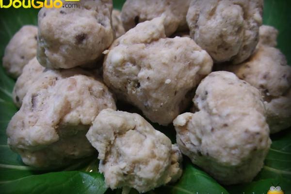 天冷吃火锅--自制香菇贡丸的做法