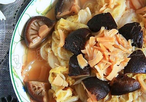 香菇干贝炖白菜的做法