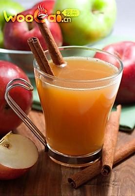 圣诞节DIY:酒不醉人人自醉的苹果酒的做法