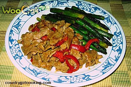 爆炒肉片和芦笋(stir-fried pork and asparagus)的做法
