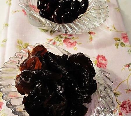 养生小食——醋泡黑豆和木耳——美丽厨娘的做法