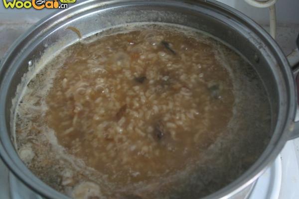 咸肉海蛎菜干粥的做法