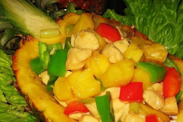 菠萝鸡丁--美丽厨娘的做法