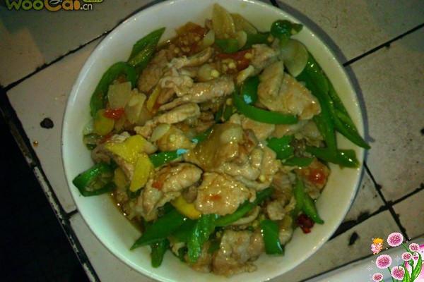 美味多汁的青椒炒肉的做法