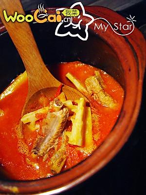 简单酸汤排骨笋的做法