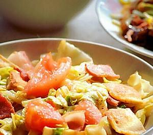 培根西红柿炒圆白菜豆干