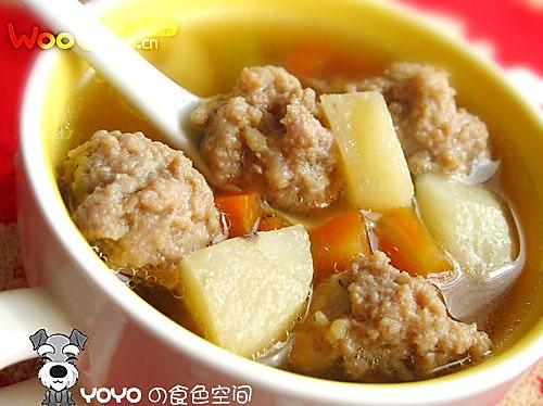 荸荠肉丸汤的做法
