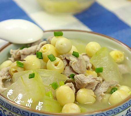 冬瓜莲子肉片汤——增强记忆力的做法