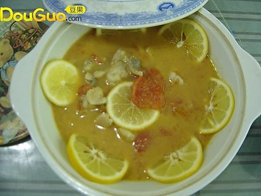 柠香酸辣番茄鱼片汤的做法