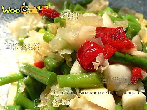凉拌银耳豇豆:夏季清爽小菜的做法