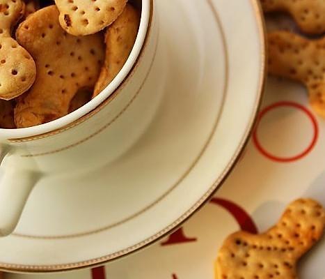 美丽厨娘-咸味香葱饼干的做法