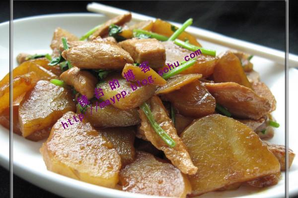 鸡脯肉烧土豆的做法