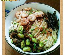 上海开洋葱油拌面 的做法