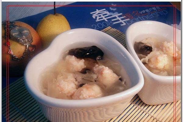 美丽厨娘-虾丸银耳汤的做法