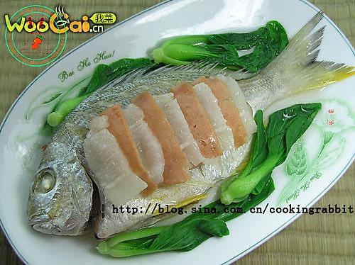 火腿白肉蒸黄鳍鲷的做法