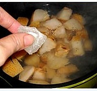冰糖梨水的做法图解4