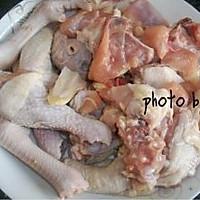 山珍焖啤酒鸡的做法图解1