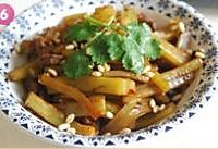 香辣豆豉牛肉炒莴笋的做法图解6